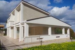 ALFA - AM036 - Ampia Villa Singola con E