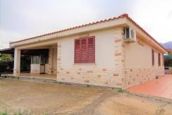 ALFA - AM070 - Villa Singola con Terreno