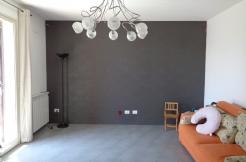 ALFA - CS010 - Ampio Appartamento con Box e Terrazzo